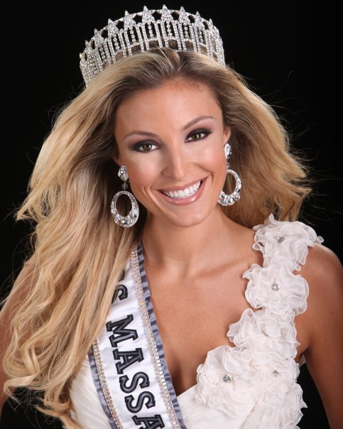 Renee and other Honey Bears cheered on Miss Massachusetts Lacey Wilson at the Miss USA pageant